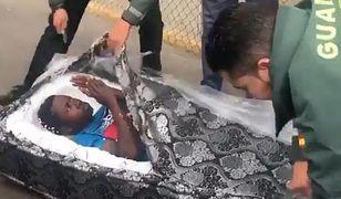 Hiszpania: Imigranci ukryli się w materacach. Zostali zatrzymani