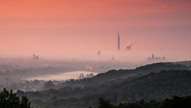 Smog Kraków i Katowice 26 listopada 2019. Sprawdź jakość powietrza na południu Polski.