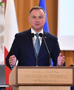 Andrzej Duda nagle zmienił wątek. Zaczął mówić o szczepieniach