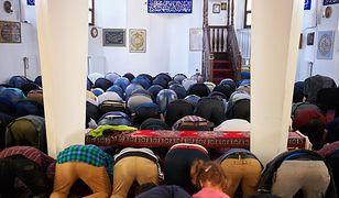W Belgradzie zburzono meczet. Potrzebna była eskorta policji
