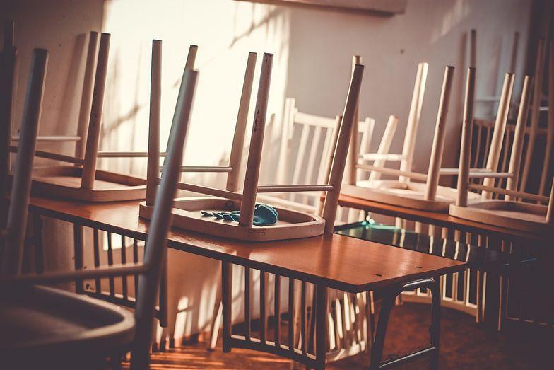 Powrót do szkół od 1 września? Jest nowy pomysł rządu