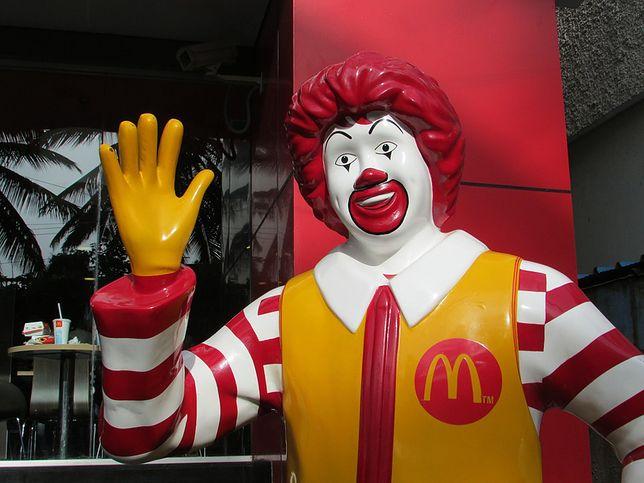 McDonald's ma problemy w USA. Pasożyty w sałatkach, przynajmniej 100 osób zarażonych