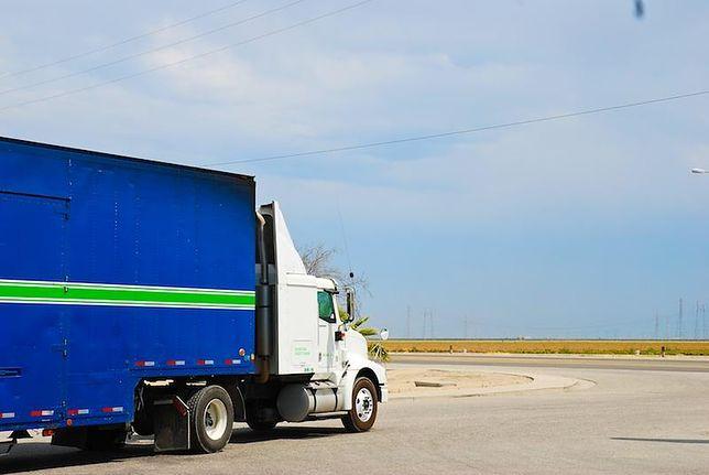 Ciężarówkę można krócej amortyzować