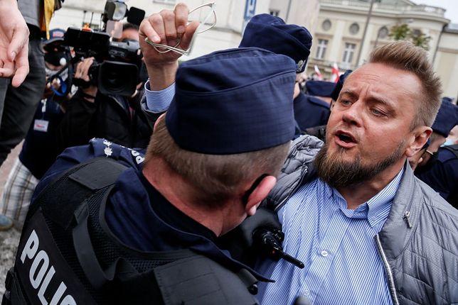 Paweł Tanajno został zatrzymany przez policję 23 maja podczas protestu przedsiębiorców w Warszawie