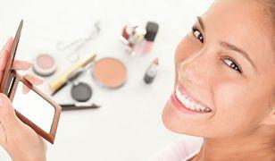 Makijaż dzienny powinien być w stonowanej kolorystyce
