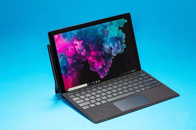 Urządzenia linii Surface słyną z nieotrzymywania najnowszych wersji Windows od razu (fot. Microsoft)