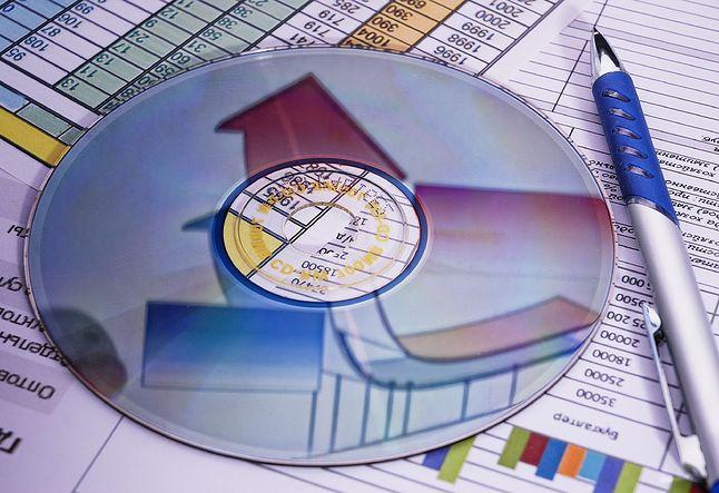 Czas świetności nośników danych i papierowych informacji już dawno przeminął.
