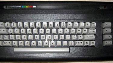 Commodore, (cz.6) nieudani koledzy C64, czyli C16, C116 oraz Plus/4