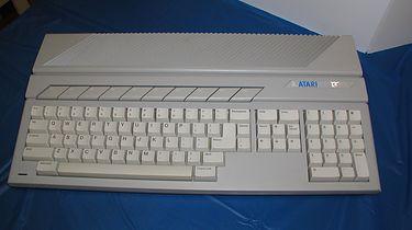 Narodziny Atari ST - Atari 130ST. Tylko kilka egzemplarzy trafiło w prywatne ręce.