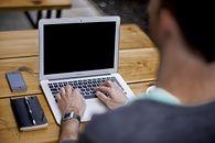 Zakładamy działalność gospodarczą przez Internet — poradnik