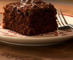 Takiego ciasta nigdy nie jadłeś! Dodaj tylko szklankę Coca-Coli