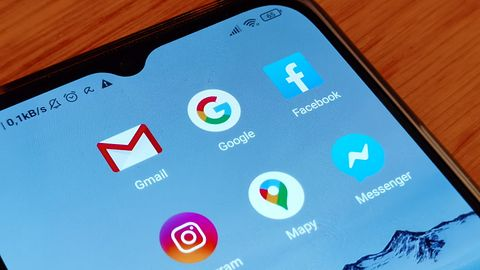 Google kontra Facebook. Która z tych firm wie o tobie więcej?