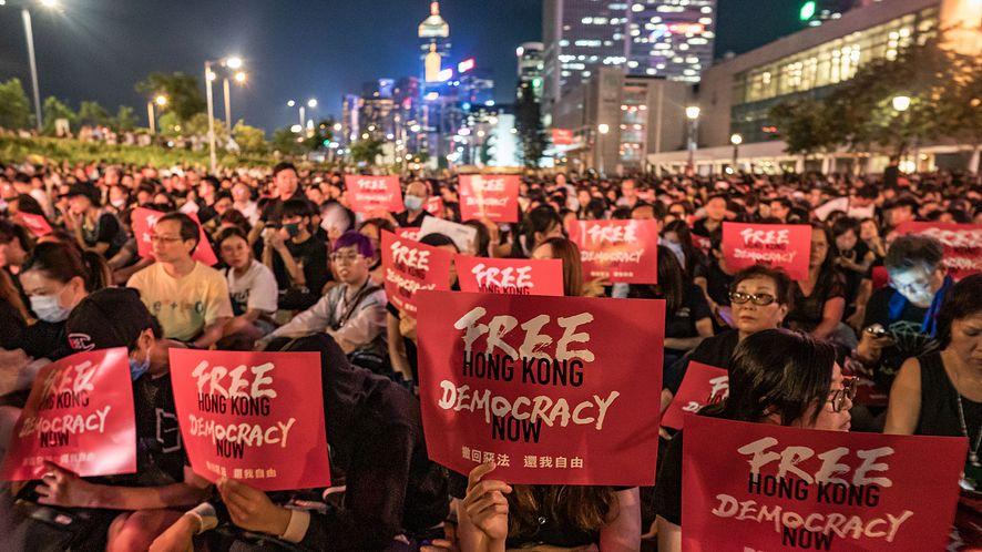 Apple idzie na kolejne ustępstwa w sprawie Hongkongu (Anthony Kwan/Getty Images)