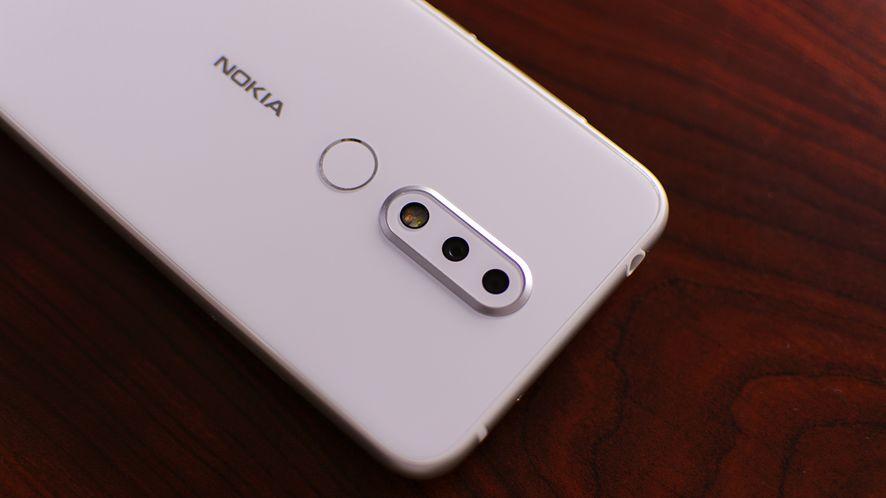 Android 11 zmusi cię do korzystania z domyślnej aplikacji aparatu. Sporadycznie, ale jednak