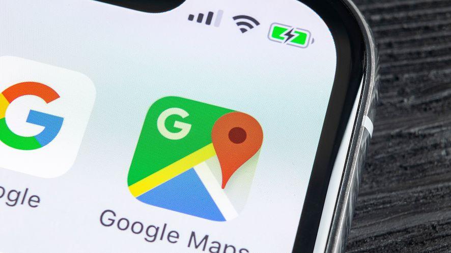 Google Maps dostają pływający pasek