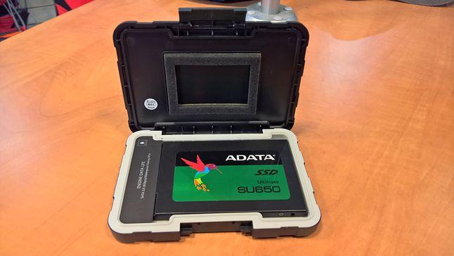 Tandem ADATA SU650 240 GB oraz ADATA ED600 USB3.1
