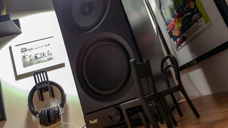 Na biurko się nie zmieszczą, ale będą świetnym składnikiem salonowego sprzętu audio