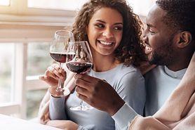 Zakochanie - reakcje chemiczne, feromony, dopamina