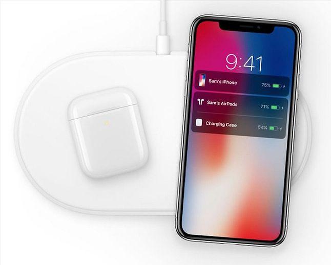 W nowszych materiałach prasowych liczba ładowanych urządzeń spadła do dwóch, z trzech. Widać, Apple do końca próbowało ratować projekt AirPower, nawet kosztem kompromisu. Niestety, nie udało się. Fot. Materiały prasowe