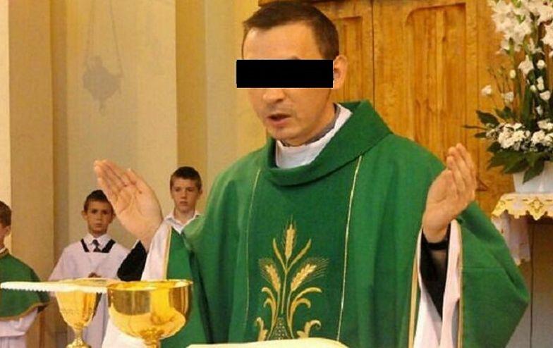 Ksiądz spowodował kolizję po alkoholu. Znowu odprawia msze