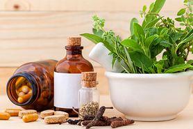 Zioła i witaminy w  leczeniu impotencji
