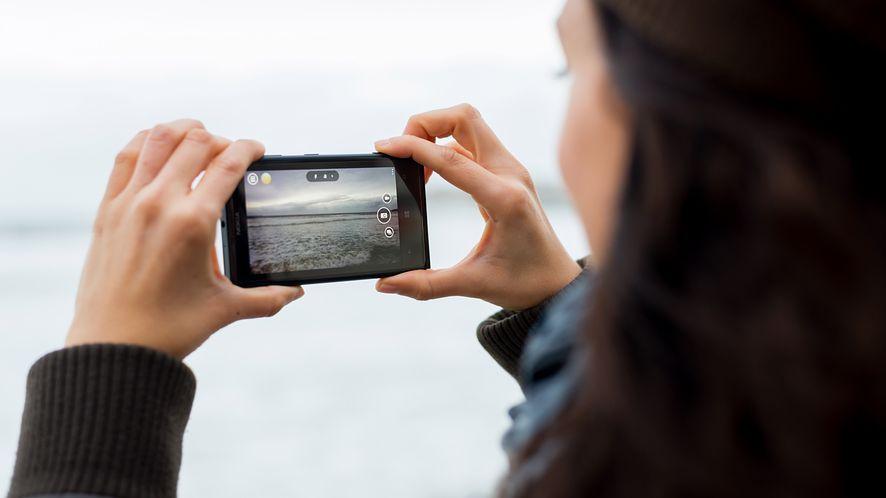 Nokia 1020: dla wielu osób jeden z najlepszych aparatów fotograficznych w smartfonach (depositphotos)