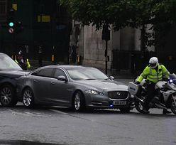 Wielka Brytania. Kolizja z udziałem auta Borisa Johnsona. Jest nagranie