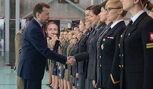 """Mariusz Błaszczak chwali kobiety za """"niezwykłą siłę i energię"""""""
