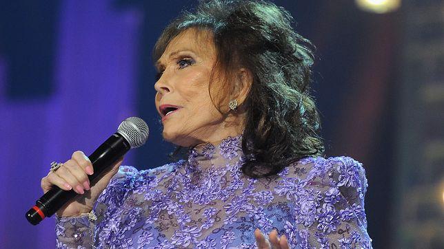 Loretta Lynn podczas koncertu w Nashville w 2012 roku