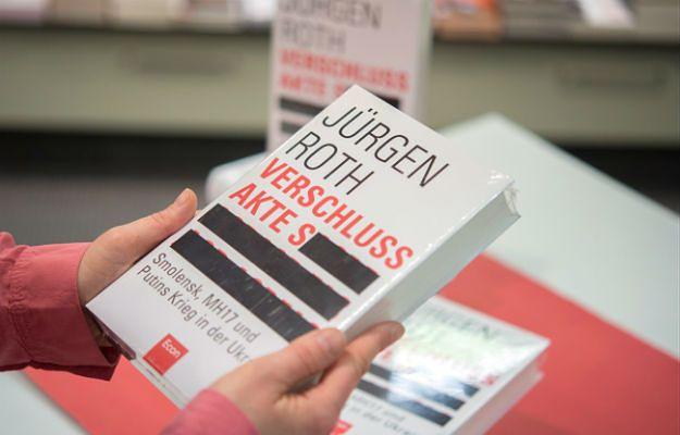Książka Jürgena Rotha pojawiła się w niemieckich księgarniach 8 kwietnia