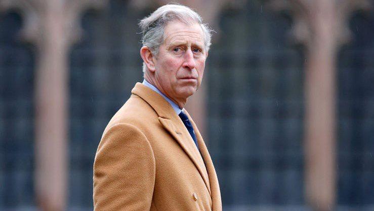 Książę Karol to najstarszy syn królowej Elżbiety II.