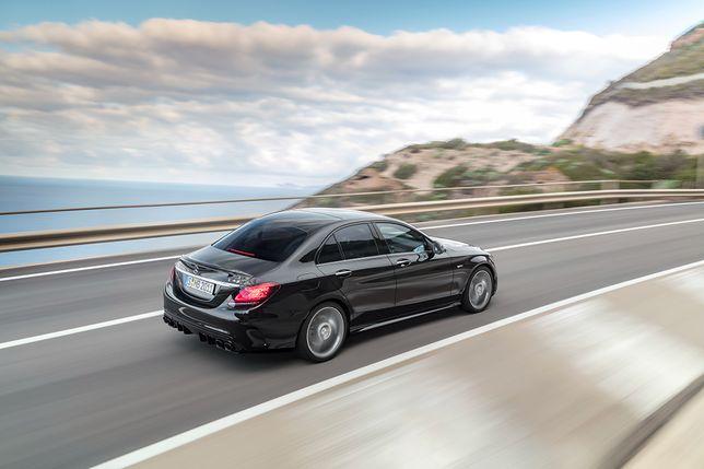 Mercedes-AMG C43 ma pod maską 390-konny silnik V6