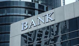 W weekend utrudnienia w bankach. Lepiej przygotuj gotówkę