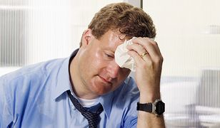 Upalne dni w pracy - jak sobie radzić, co musi nam zapewnić pracodawca?