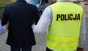 Zatrzymano podejrzanych o podpalenie składowiska odpadów w Chybiu