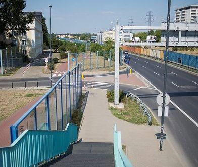 """Nielegalne graffiti to zmora Warszawy. """"Usuwanie napisów kosztuje setki tysięcy złotych"""""""