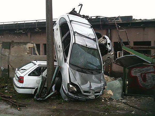 38 rannych po przejściu trąby powietrznej w Tarencie