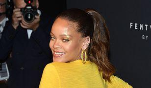 Rihanna na premierze linii swoich kosmetyków. Wszyscy patrzyli na jej piersi!
