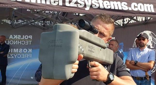 System Hawk w akcji