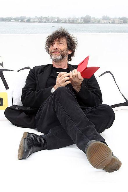 Neil Gaiman pracuje nad kontynuacją ''Nigdziebądź''. Ma już trzy rozdziały i tytuł
