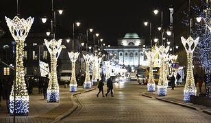 Warszawa. Świąteczna iluminacja skromniejsza. Koronawirus wymusił oszczędności