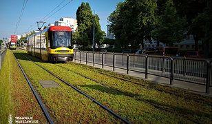 Warszawa. Zielone tory bez trawy. I bez kontrowersji z koszeniem