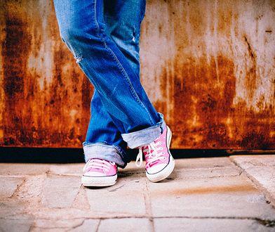 Jeansowe ubranka dla dzieci. Przegląd najfajniejszych modeli