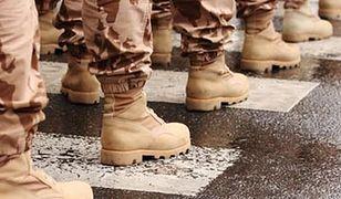 Praca w służbach mundurowych. Niezłe zarobki i przywileje