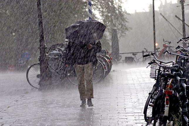 Może spaść nawet do 40 – 50 litrów deszczu