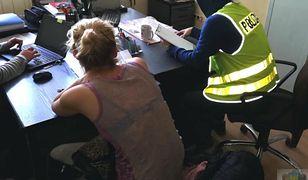 Policjanci dokładnie sprawdzą teraz aktywność obu kobiet w internecie.