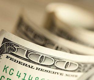 Dolar najdroższy od 6 lat