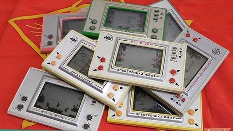 Najważniejsze gadżety elektroniczne lat 90. od A do Z