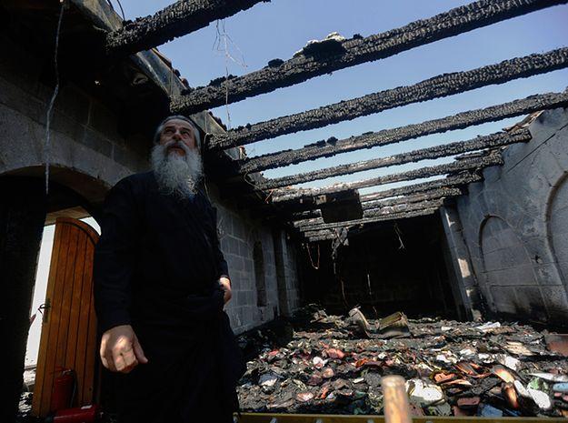 Katolicki Kościół Rozmnożenia Chleba i Ryb w Tabgha nad Jeziorem Tyberiadzkim w Izraelu po pożarze