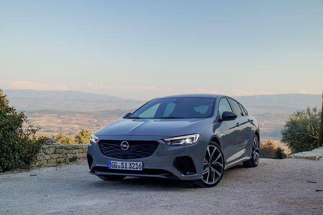 Opel Insignia GSi podczas pierwszych jazd w Prowansji